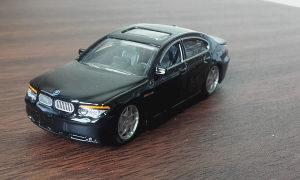 BURAGO BMW 7 Series (P19)