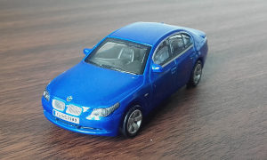HIGH SPEED BMW 530i (P19)