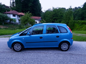 Opel Meriva 1.6 Benzin Tek uvezena i sve placeno