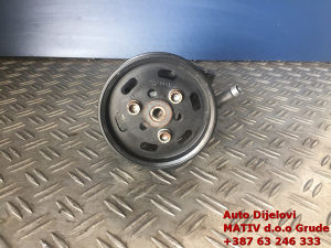 Servo pumpa Audi Q5 2010. 8R0145155N