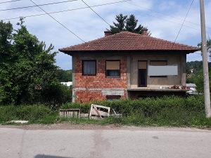 Stambeni objekat Kotlanice-Tešanj sa zemljištem 2540 m2