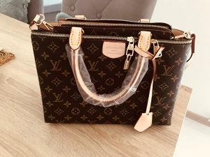 Zenska torba Louis Vuitton