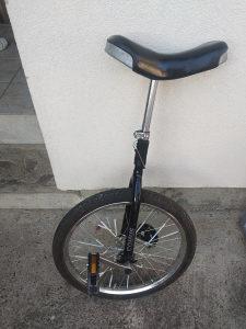 Bicikl (jedan točak)