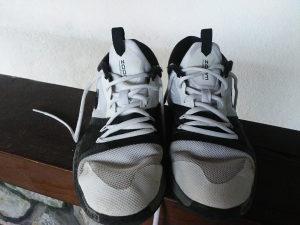 Nike zoom assersion kosarkaske patike broj 37.5