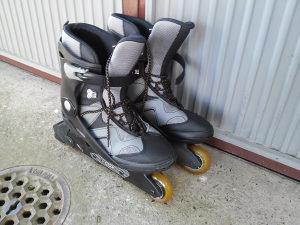 roleri Hy Skate ABEC 5 silikonski točkići 45 broj