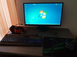 Intel i5 3.10 GHz, GeForce 4gb ddr5