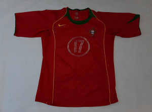 (19-08-014) C Ronaldo Nike Portugal dres M