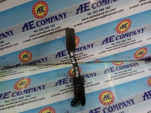 Papuca gasa Fiesta 1.5 D 14g 8V219F836AB AE 603
