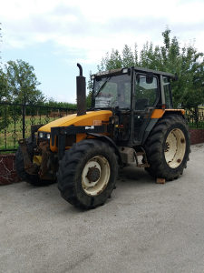 Traktor renault 90 34