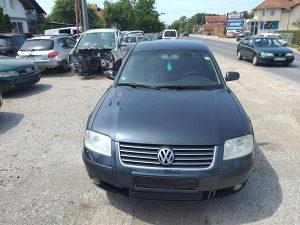 Volkswagen Passat limuzina 2003 god dijelovi