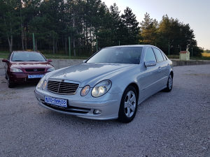 Mercedes-Benz E 220 CDI **AVANTGARDE**