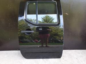 Zadnja desna vrata Nissan Navara D40 D401 2007-2015 god