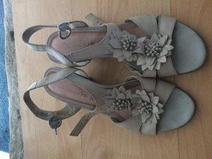 Tamaris sandale 40 br.