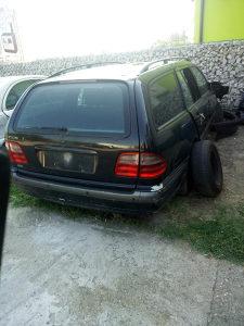 Auto dijelovi mercedes Benz polovni