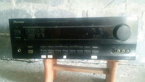 Pioneer VSX-709RDS (Neispravan)