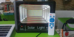 Solarni LED reflektor 60w sa daljinskim