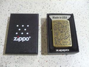 Zipp zip zippo upaljač u poklon kutiji zlatni