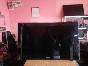 "LCD TV Samsung ""40"""