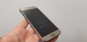 Samsung Galaxy S7  32gb  Gold Nov Nov