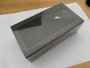 IPhone 8 64GB Space Gray VAKUM | 2 GODINE GARANCIJA