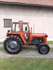 Traktor IMT 539 sa priključcima