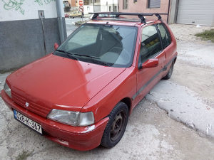 Peugeot 106  na benzin i plin