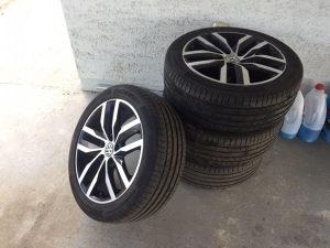 Kupujem VW Alu Felge sa gumama R16 R17 Volkswagen