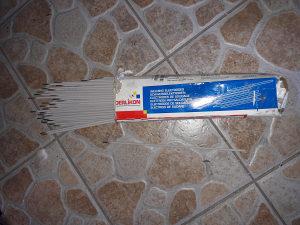 Razne elektrode za zavarivanje  iz Njemacke
