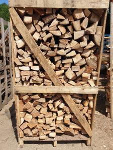 Drvo ogrijev  u paleti 1,8 m