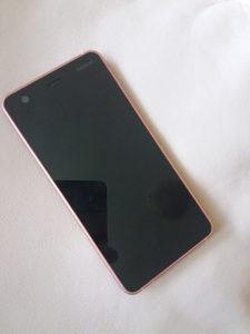 Nokia 2 telefon mobitel