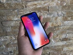 Apple iPhone X 64GB Zamjena moze
