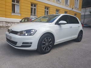 VW Golf 7 1.6tdi 81kw EURO 6 UVOZ SER KNJIGA TOP STANJE