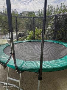 Velika trampolina trampolin