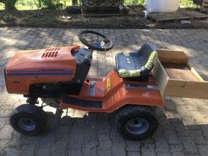 Traktor Koslilica Husqvarna