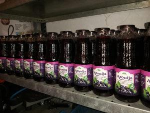Matični sok od aronije aronija sa certifikatom 100% pri