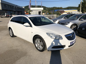 Opel Insignia 2.0 CDTI Karavan-Automatic