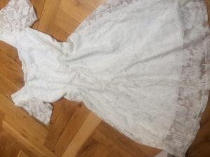haljina cipka bež