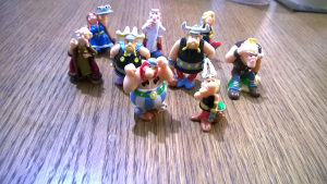 Kinder figurice ASTERIKS I OBELIKS (lot 9 figurica)