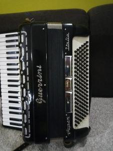 Harmonika Guerrini troglasna 120 bas Novaa