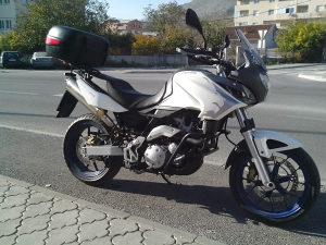 Motor Motocikl Aprilia Pegaso Strada 650 zimska cijena