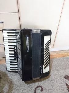 Harmonika Weltmeister 80 basova