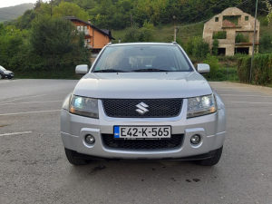 Suzuki Grand Vitara 1.9 DDIS 2006 God reg tek top stanj