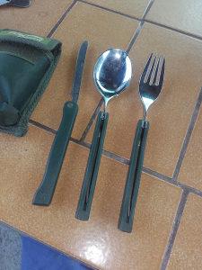 Pribor za jelo za lovce