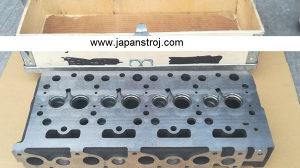 Kubota V1502  glava motora
