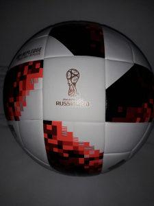 Fudbalska lopta sa SP Rusija 2018