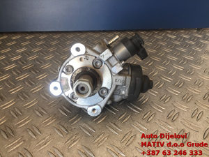 Visokotlačna pumpa Audi 2,0 TDI 2009. 03L130755