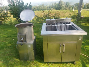 Friteza i masina za pranje/guljenje krompira