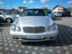 Mercedes C220 cdi 2002god