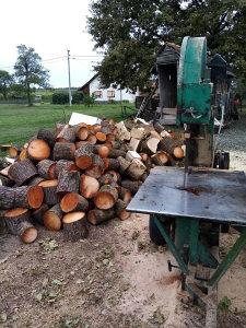Bansek-za rezanje drva