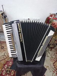 Harmonika Settimio Soprani cetveroglasna